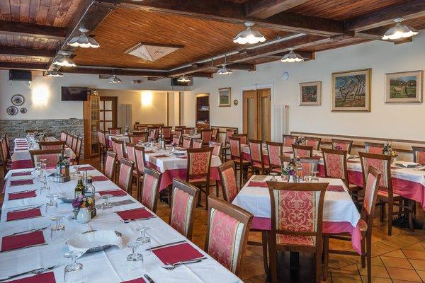 Il ristorante Fai della Paganella Stella Alpina