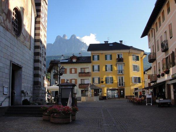 Sommer Präsentationsbild Ferienwohnungen Case delle Dolomiti