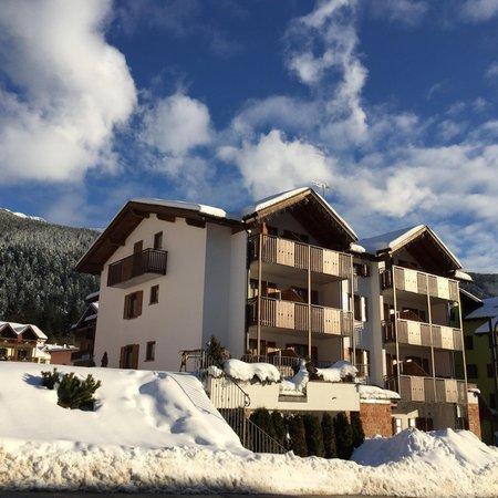 Foto invernale di presentazione Cima Tosa - Residence 3 stelle