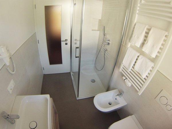 Foto del bagno Appartamento Cësa Vernel
