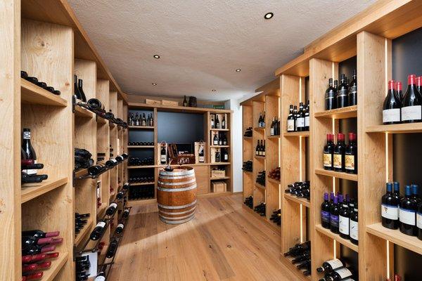La cantina dei vini Molveno Alpenresort Belvedere