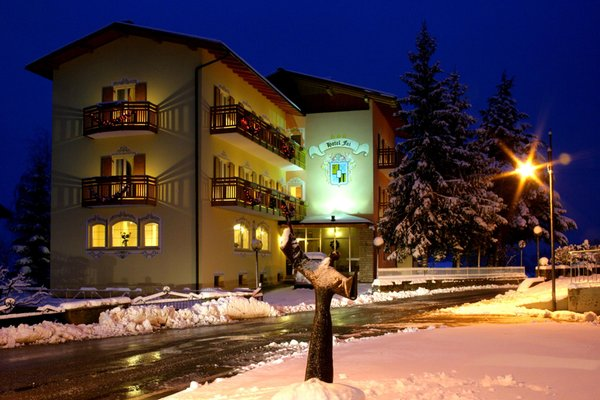 Foto invernale di presentazione Hotel Fai