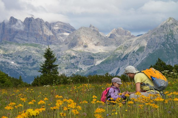 Sommer Präsentationsbild Tourismusverein Dolomiti Paganella