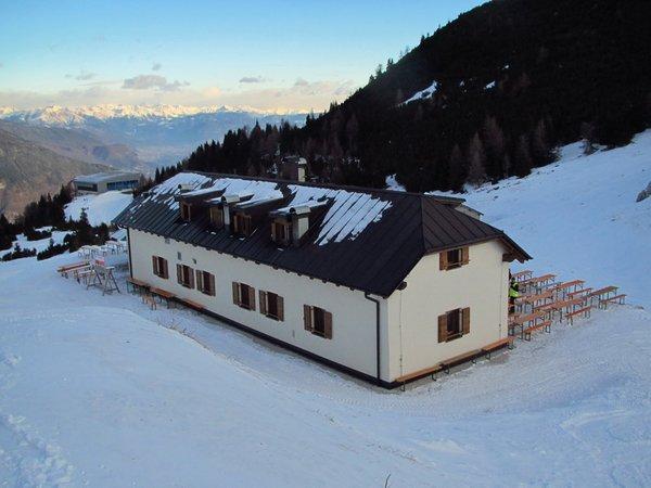 Photo exteriors in winter Terlago
