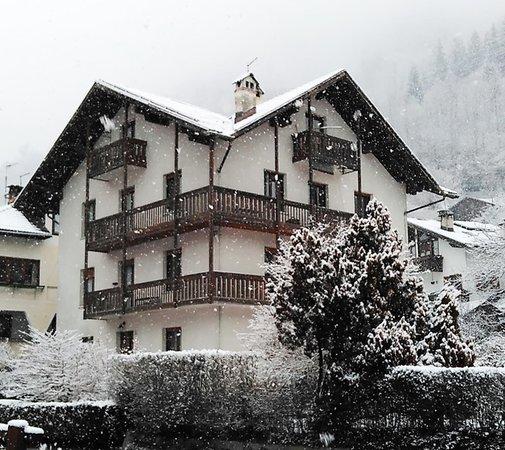 Winter presentation photo Apartment Casa Longo