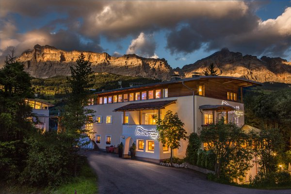 Sommer Präsentationsbild Dolomit Boutique Hotel - Hotel 3 Sterne