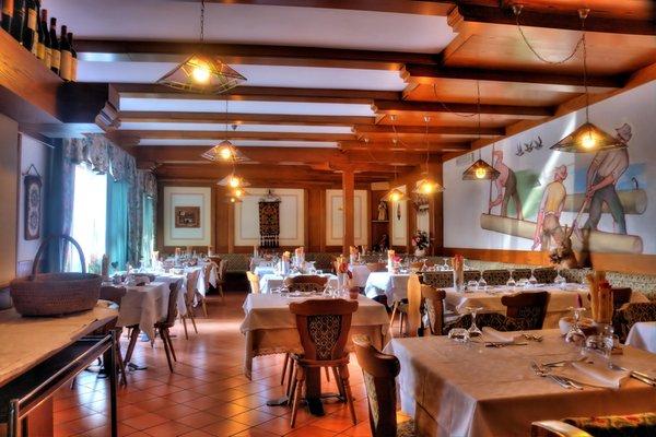 Il ristorante Bertoldi (Lavarone) Caminetto Mountain Resort
