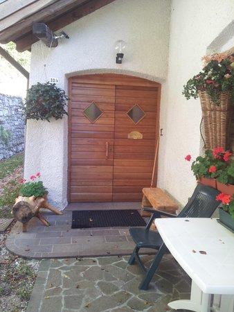 Foto estiva di presentazione Appartamento Schiavi Angelica