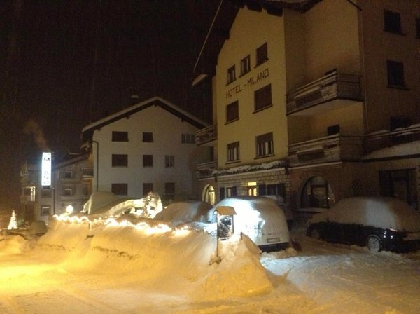 Foto esterno in inverno Milano