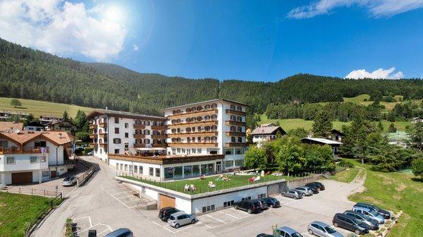 Foto estiva di presentazione Grand Hotel Biancaneve