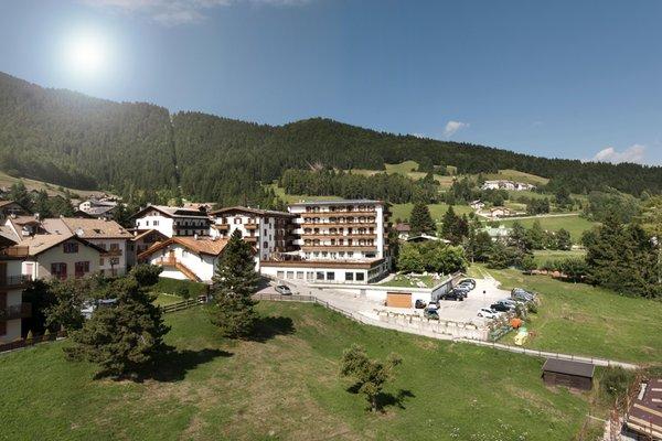 Foto esterno in estate Grand Hotel Biancaneve
