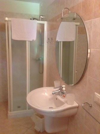 Photo of the bathroom Rooms + Apartments in farmhouse La Decima