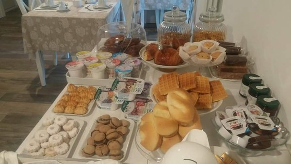 The breakfast Bed & Breakfast Residenza Iris