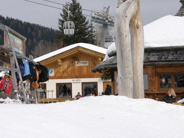 Foto esterno in inverno Lorenzi
