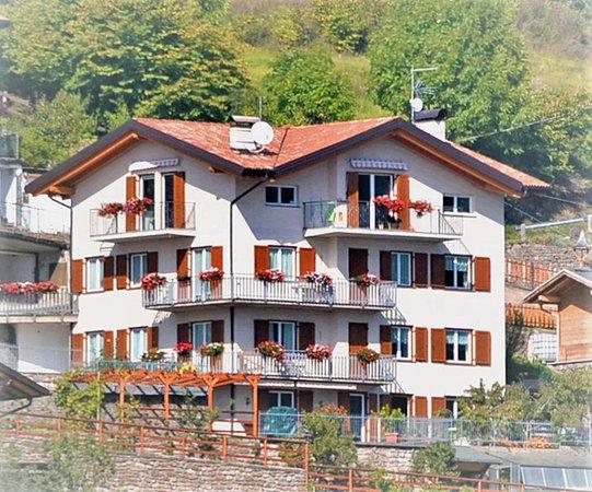 Foto estiva di presentazione Appartamenti Dallafior Gianfranco
