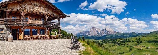 Summer presentation photo Mountain hut Tschötsch Alm