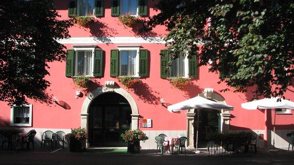 Foto estiva di presentazione Hotel Neni