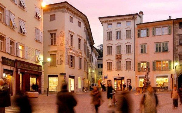 Foto invernale di presentazione Ufficio turistico Rovereto