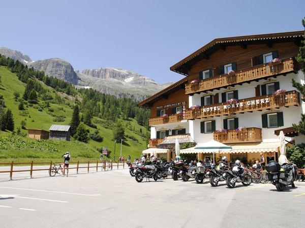 Foto estiva di presentazione Ristorante Monte Cherz