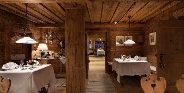 Presentation Photo Stüa dl'Jagher - Restaurant