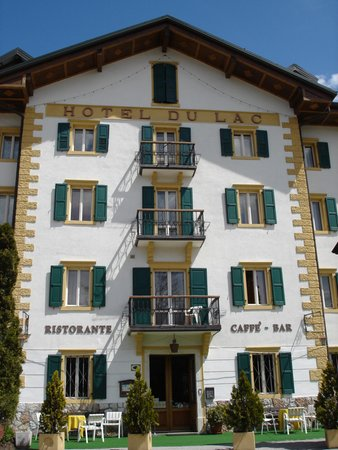 Foto estiva di presentazione Hotel Du Lac