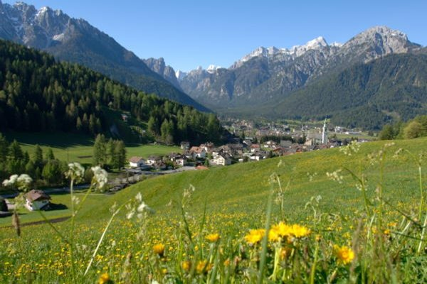 Foto estiva di presentazione Dobbiaco - Associazione turistica