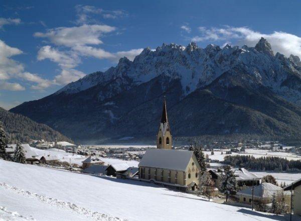 Foto invernale di presentazione Dobbiaco - Associazione turistica