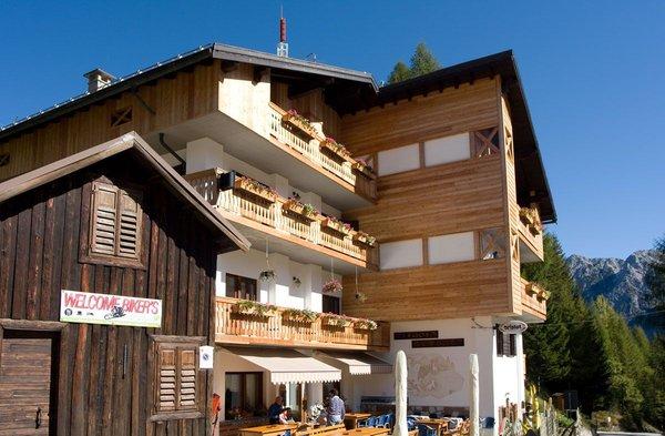Sommer Präsentationsbild Remauro - Berghütte mit Zimmern