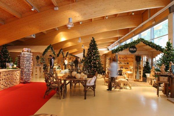 Präsentationsbild Holzschnitzereien Dolfi - Geschäft