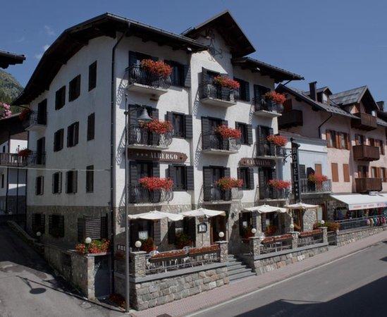 Foto estiva di presentazione B&B-Hotel Cavallino