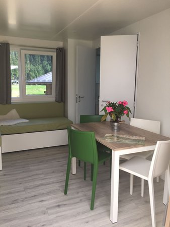La zona giorno B&B + Appartamenti Alpin Haus