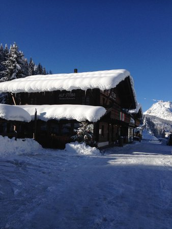 Foto esterno in inverno Alpin Haus