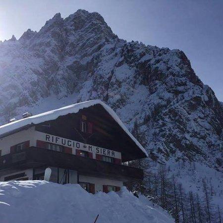 Foto invernale di presentazione Rifugio Monte Siera