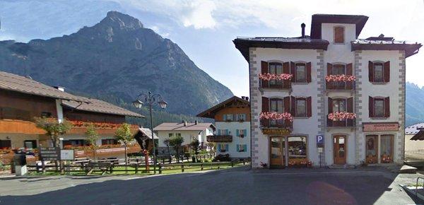 Foto estiva di presentazione Appartamenti Casa Zilli Boccingher - Bach