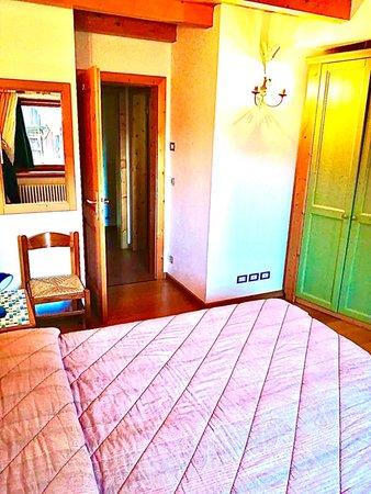 Foto vom Zimmer Ferienwohnungen Fontana Marta e Serena