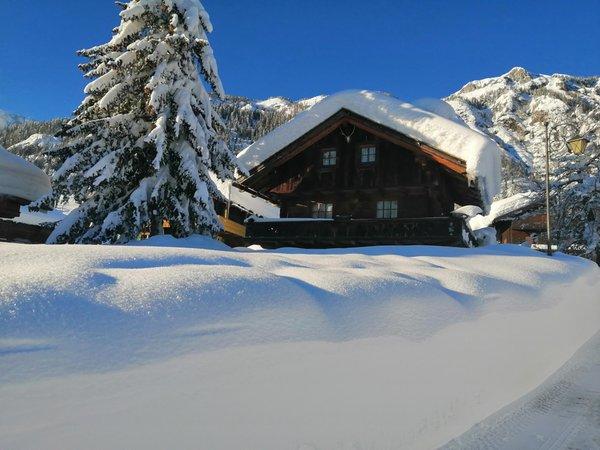 Foto Außenansicht im Winter Piller Roner Annarita