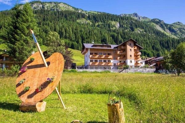 Foto estiva di presentazione Residence Cavanis Wellness & Private Spa