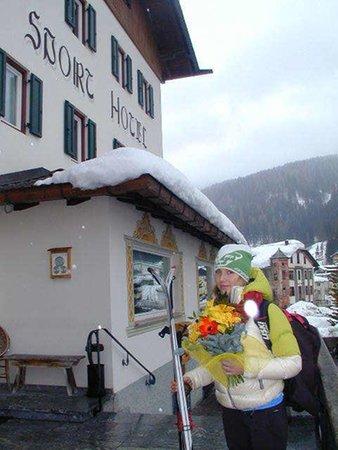 Foto esterno in inverno Sport Hotel