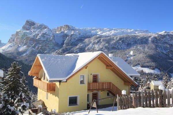 Foto invernale di presentazione Appartamenti Amonit