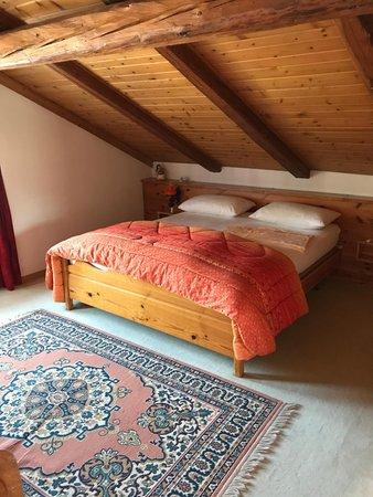 Foto vom Zimmer Ferienwohnungen De Martin Topranin Nicola
