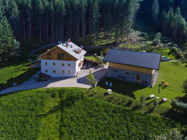 Sommer Präsentationsbild Silentium Dolomites Chalet