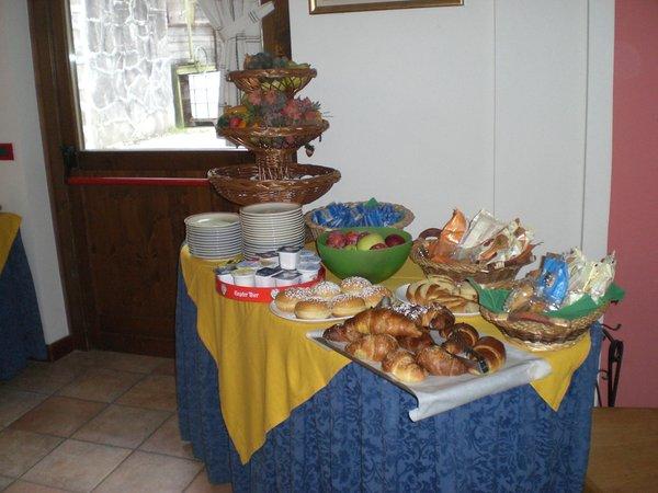 The breakfast Genzianella - Hotel 3 stars