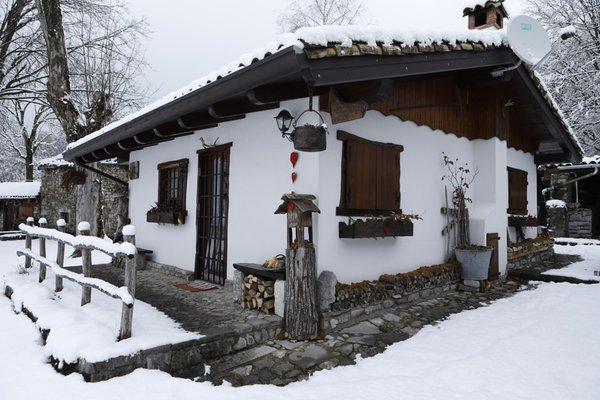 Foto esterno in inverno Baita Tana da l'Ors
