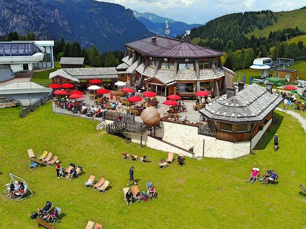Sommer Präsentationsbild Bergrestaurant Piz Arlara