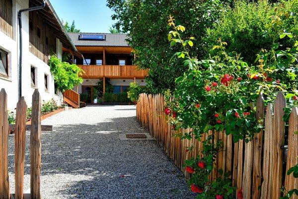 Foto estiva di presentazione Appartamenti Mitterhof 1544 - Appartamenti 2 fiori
