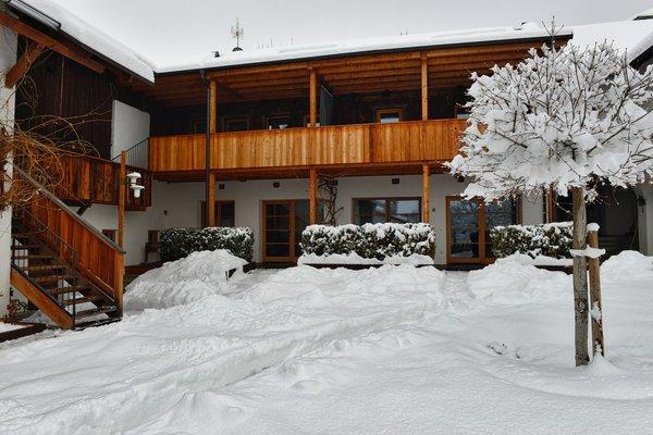 Foto esterno in inverno Appartamenti Mitterhof 1544
