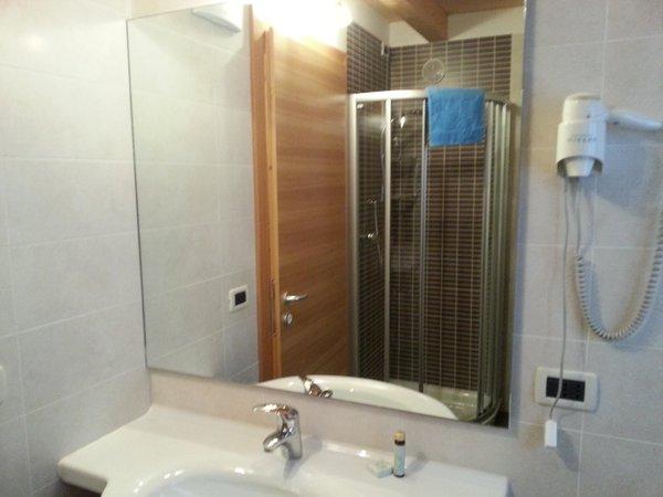Foto del bagno Appartamenti Chalet Royal