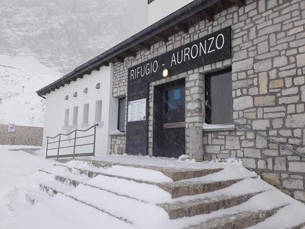 Foto esterno in inverno Auronzo