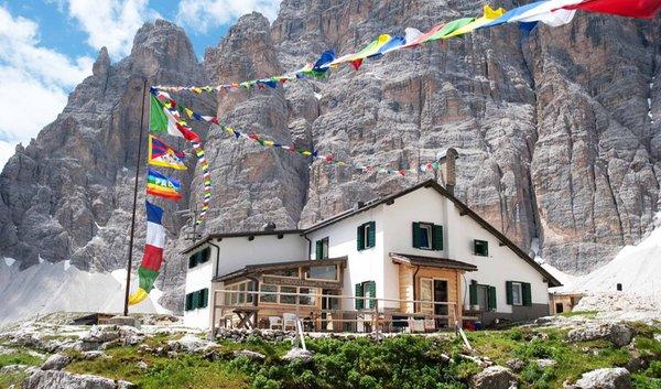 Sommer Präsentationsbild Berghütte Giosuè Carducci