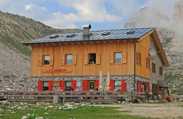 Sommer Präsentationsbild Berghütte Lavaredo